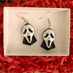 🎃 4 for $20 🆕 Scream Ghostface Mask Earrings